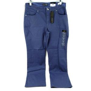 "Women's Lee Jeans Blue ""Pier"" Straight Leg New"